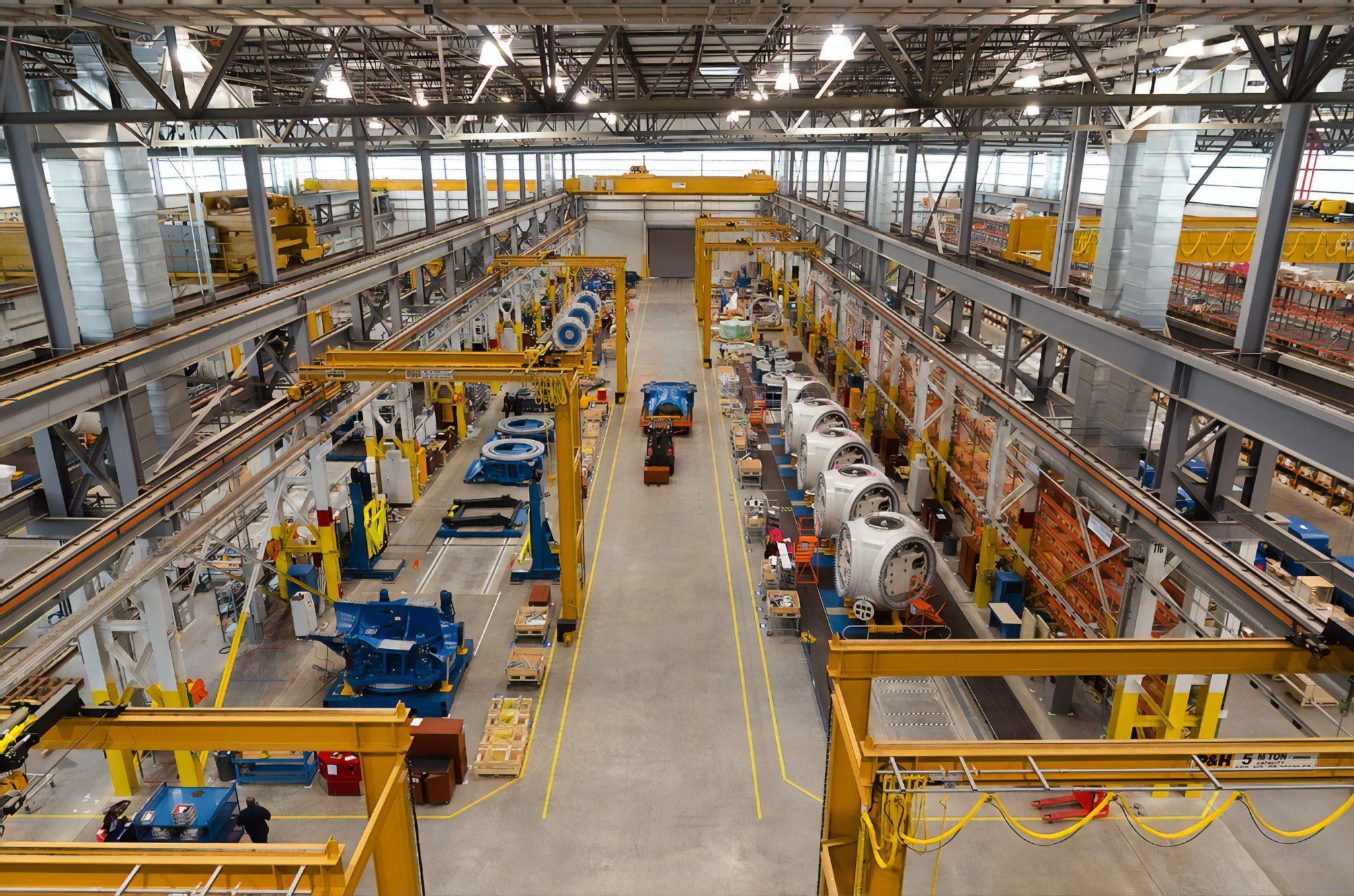 factory-operator-banner